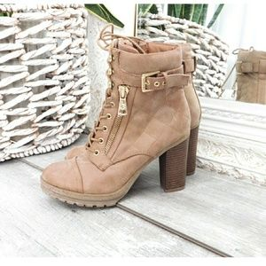 G BY GUESS QUILTED LACE UP LTHR HEEL BOOTS
